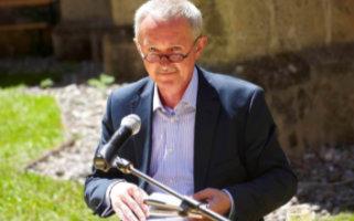 Ernest Wichner erhält Johann-Heinrich-Voß-Preis für Übersetzung
